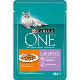 PURINA ONE SENSITIVE Katzenfutter nass, zarte Stückchen in Sauce mit Huhn, 24er Pack (24 x 85g) - 1